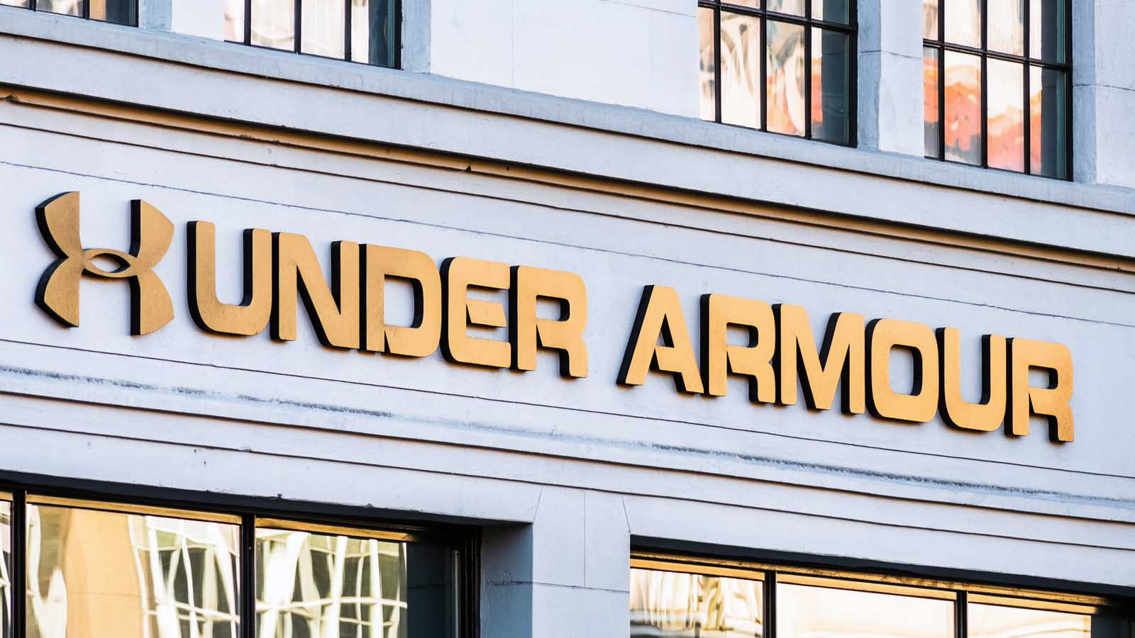 UAA vs UA Which Under Armour Shares to Own in 2021?